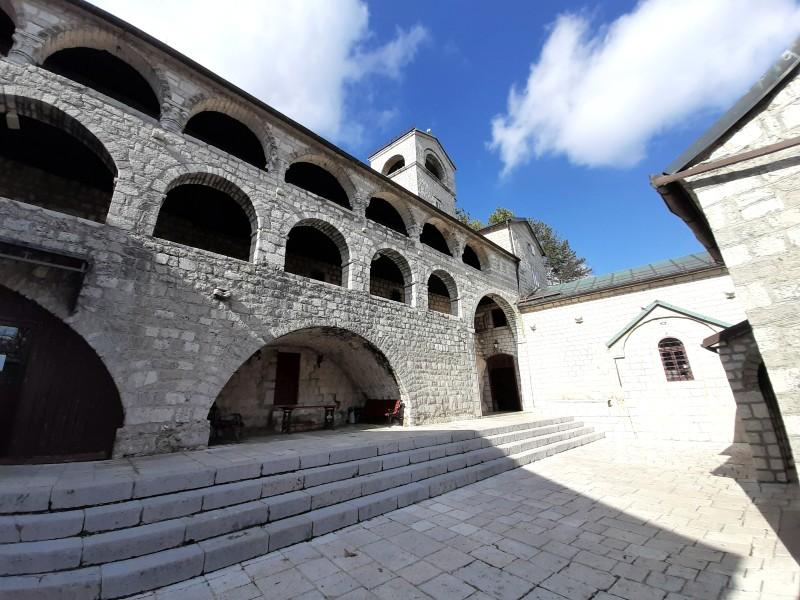 courtyard monastery