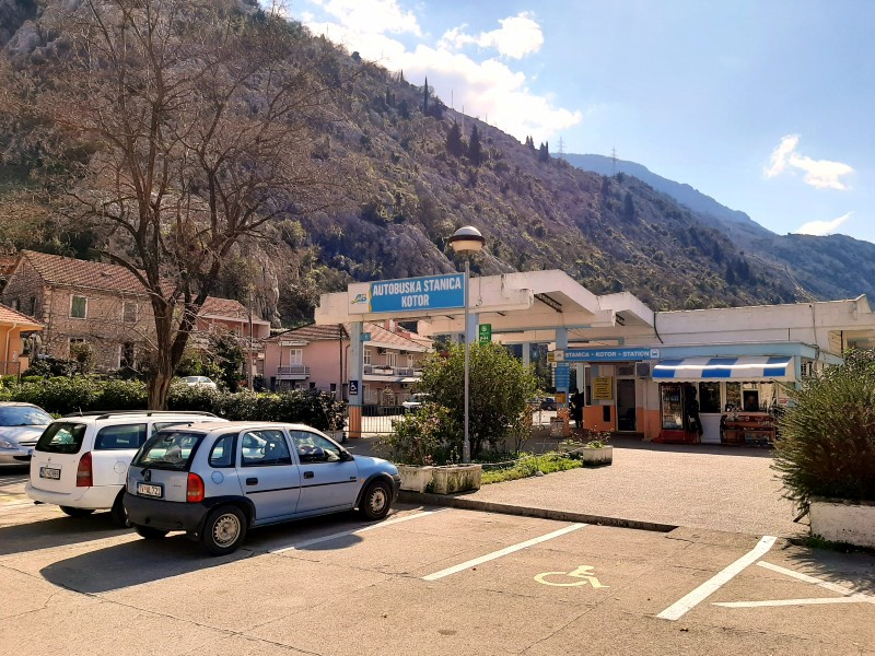 kotor bus station