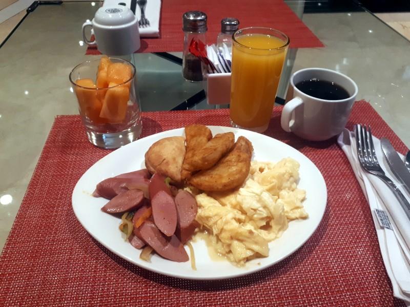 breakfast tryp wyndham panama centro