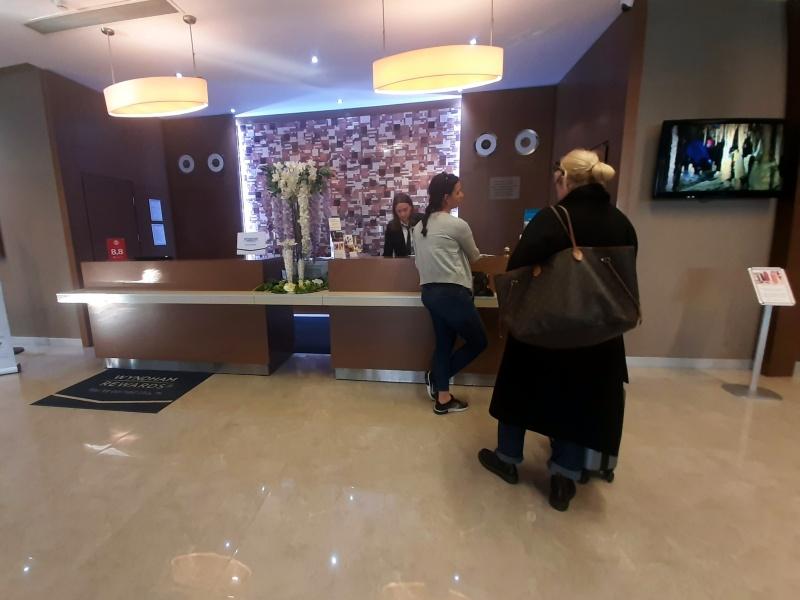 queue reception
