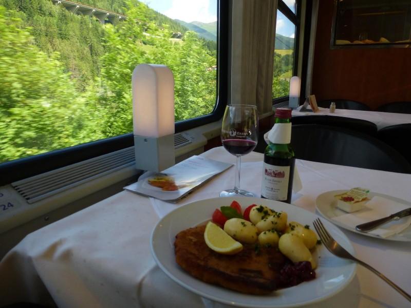 train dining car austria