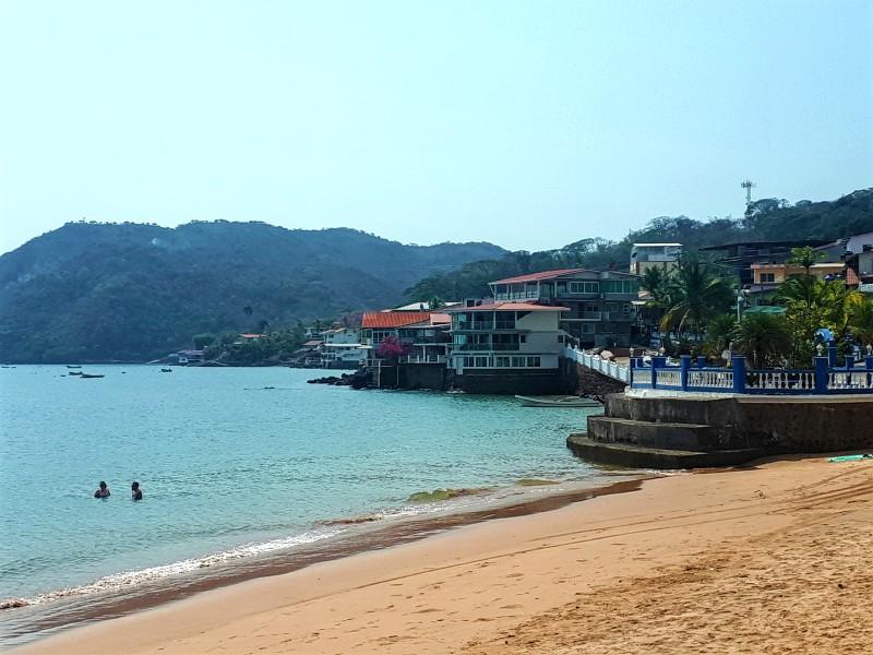 taboga town beach