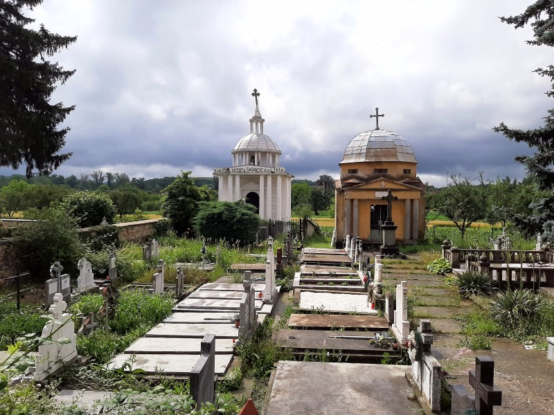 radna cemetery