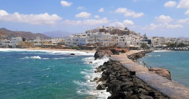 naxos town greece