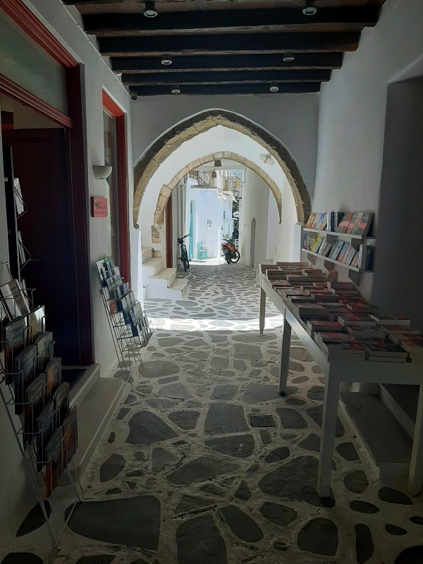 bookstore street old town