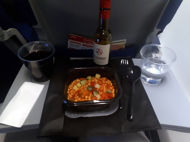 klm economy class 737 review