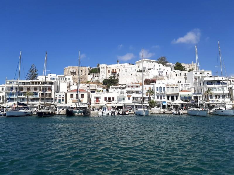 naxos town port