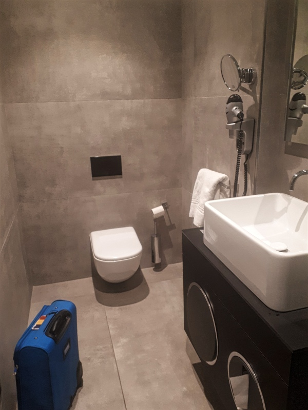 shower room casa alitalia
