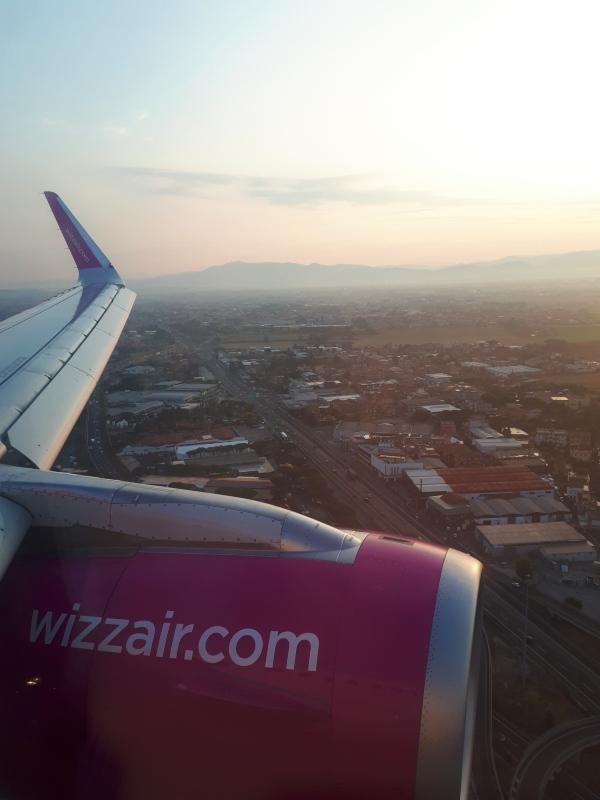 wizz air rome ciampino landing