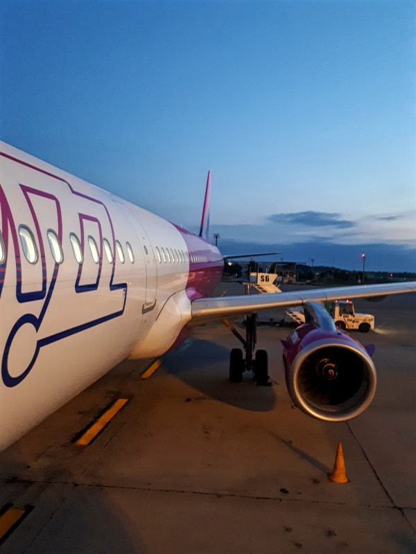 wizz air airbus a321 review