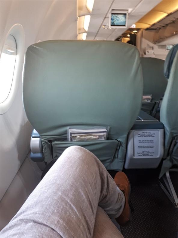 saudia a320 seat