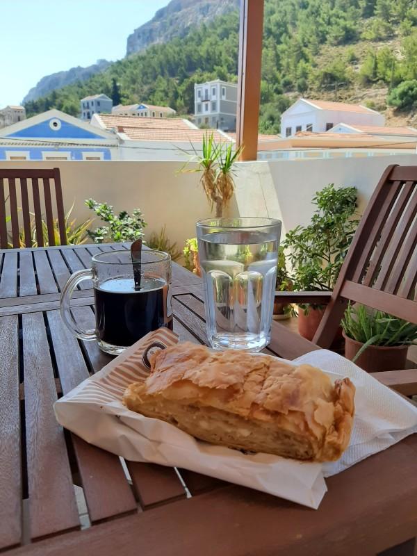 kastellorizo apartment breakfast