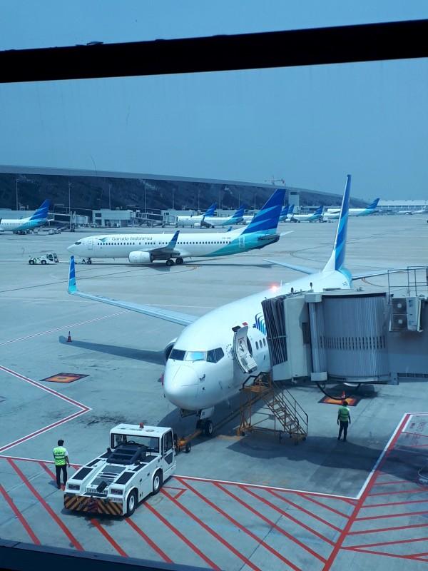 garuda indonesia boeing 737-800 jakarta