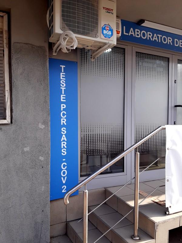 pcr test lab corona