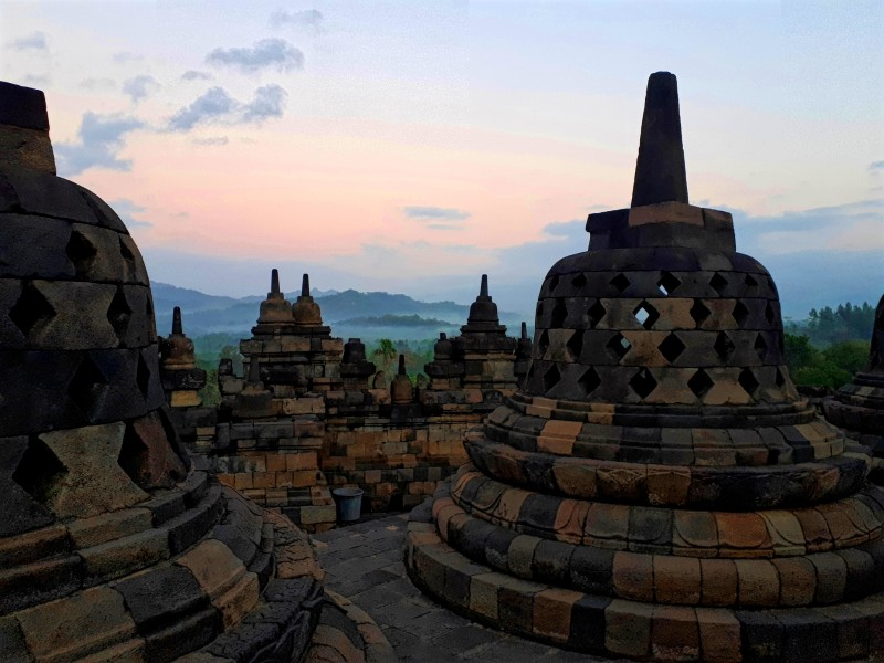 borobudur sunrise view