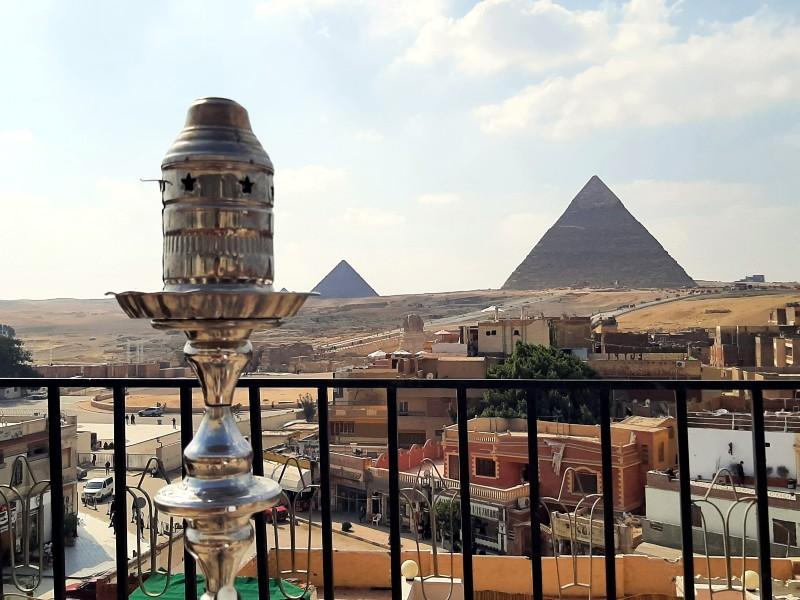 giza rooftop bar shisha pyramids
