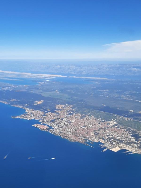 zadar croatia let l-410 turbolet trade air