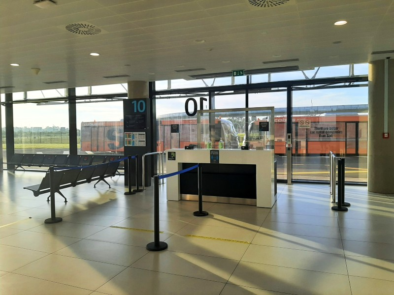 domestic departures zagreb