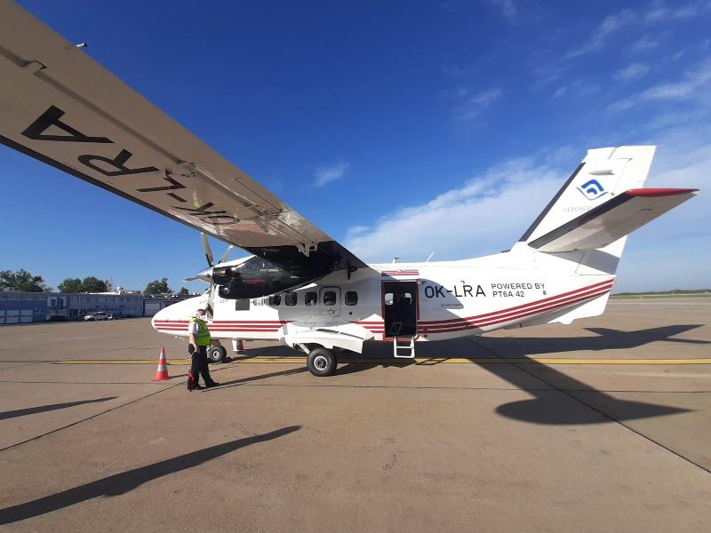 trade air let l-410 turbolet zagreb airport