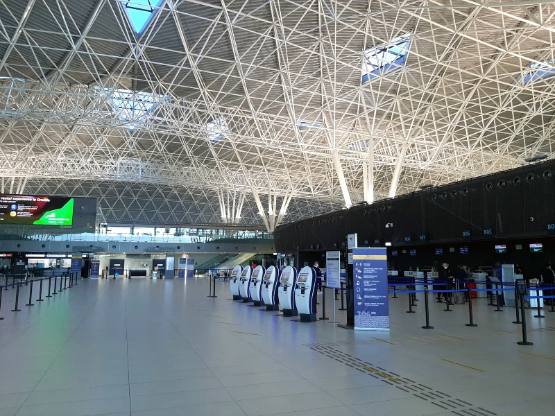 zagreb airport check-in