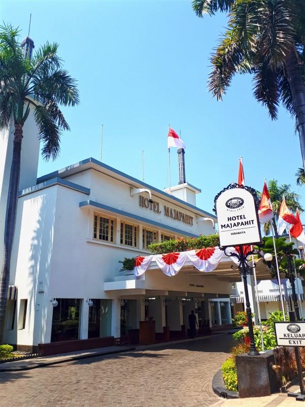 majapahit surabaya hotel