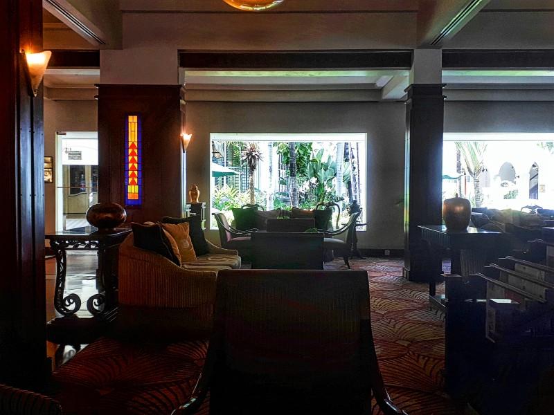 majapahit hotel lobby