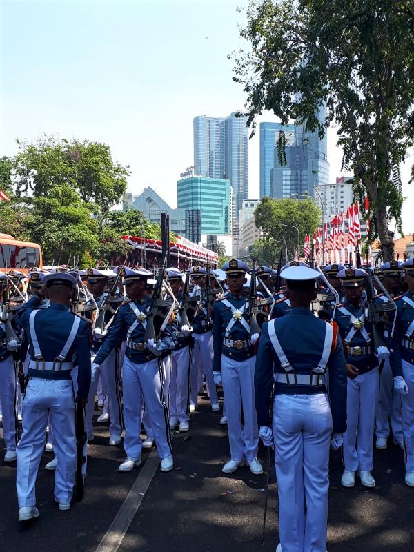 surabaya independence day parade indonesia trip report