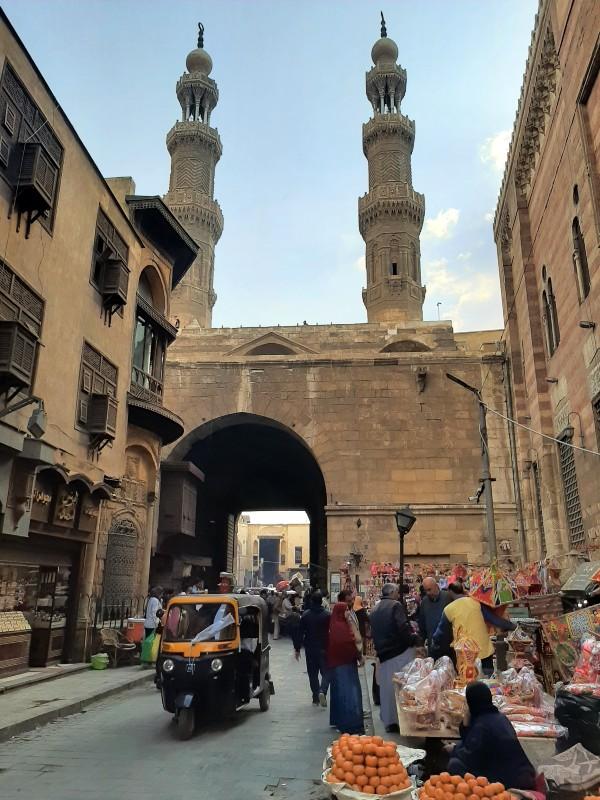 bab zuweila gate old town islamic cairo