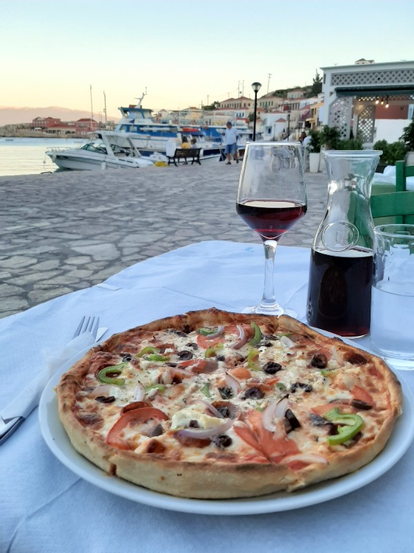 pizza remezzo restaurant