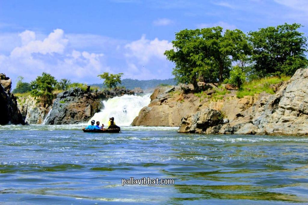 Hogenakkal Falls 2