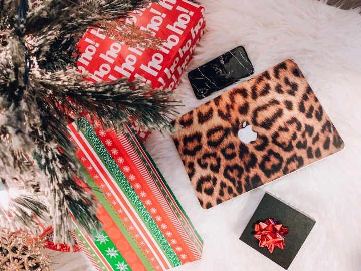 Last Minute Gift Ideas for the Procrastinator + 20% OFF Exclusive Caseapp Discount for Readers
