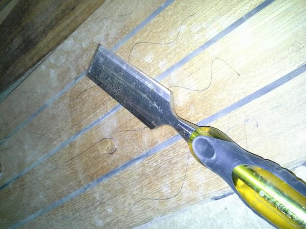 Formón para cortar el tapin