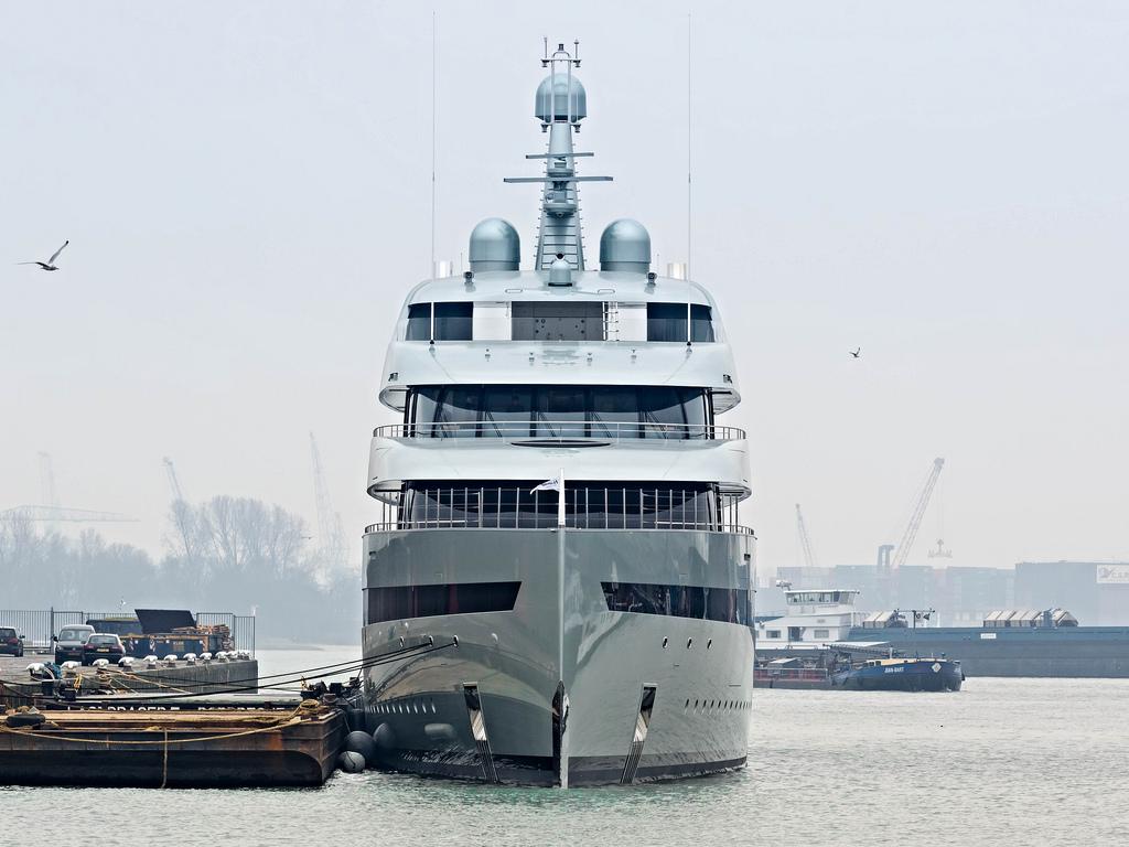 savannah yacht photo