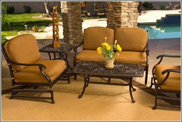 choose cast aluminum outdoor furniture