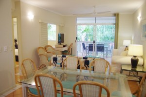 Dining/Living 2 Bedroom Apartment