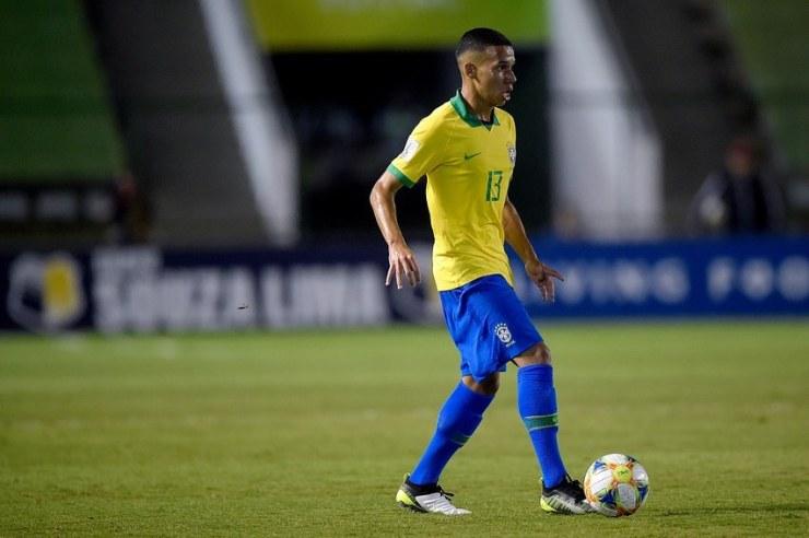 Alexandre Loureiro/CBF_Garcia é convocado para a Seleção Brasileira desde o Sub-15