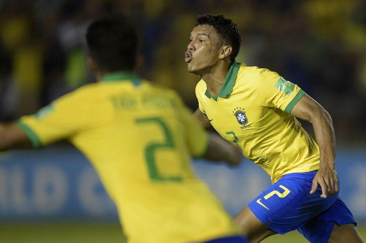 Alexandre Loureiro/CBF_O atacante Gabriel Veron recebeu o prêmio de melhor jogador da competição