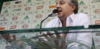 Paulo Nobre dá entrevista em coletiva, no Verdão.