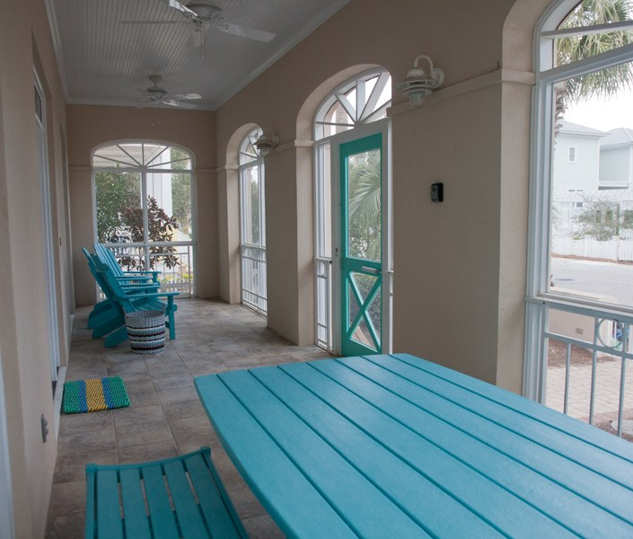 Beach house enclosed patio furniture
