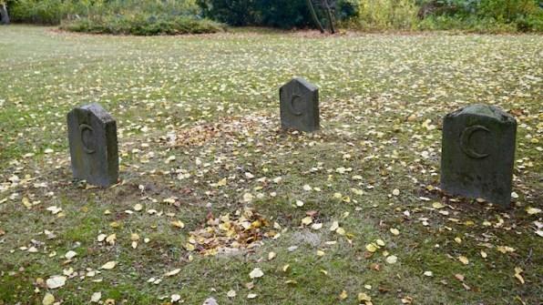 friedrichsfeld_cemetery_grave-marker2
