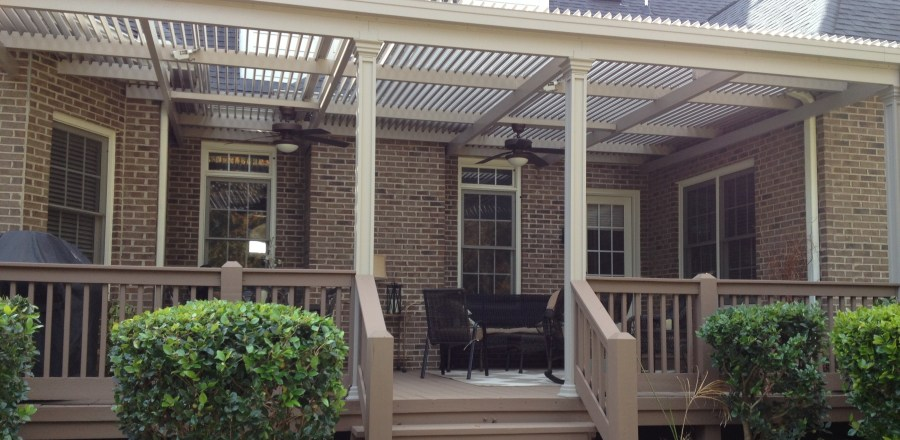 Louvered Patio Cover opens and closes, installed by Palmetto Outdoor Spaces.