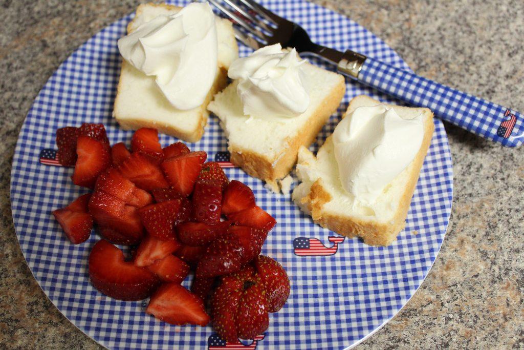 strawberries and angel food cake