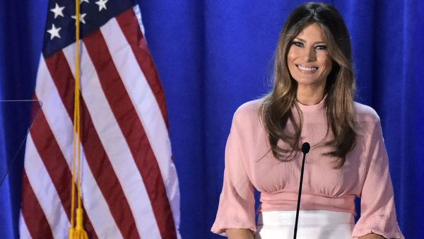 melania trump pink top