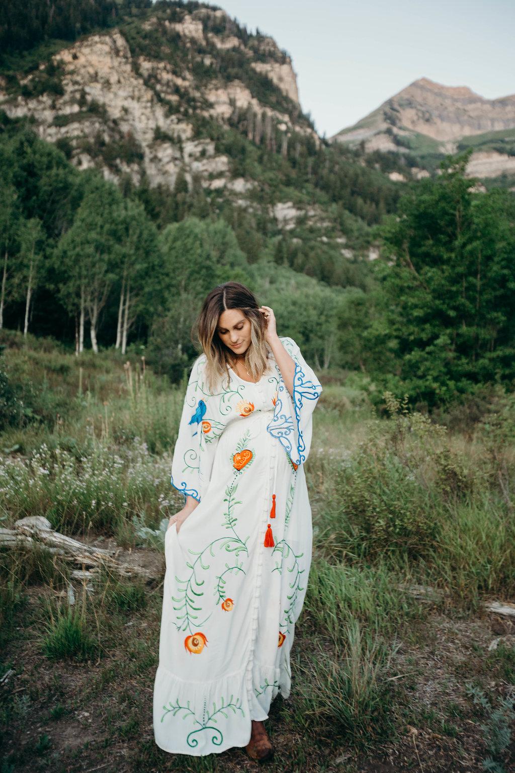 Maternity Photos | Fillyboo Maternity Dress | Courtney G Photos