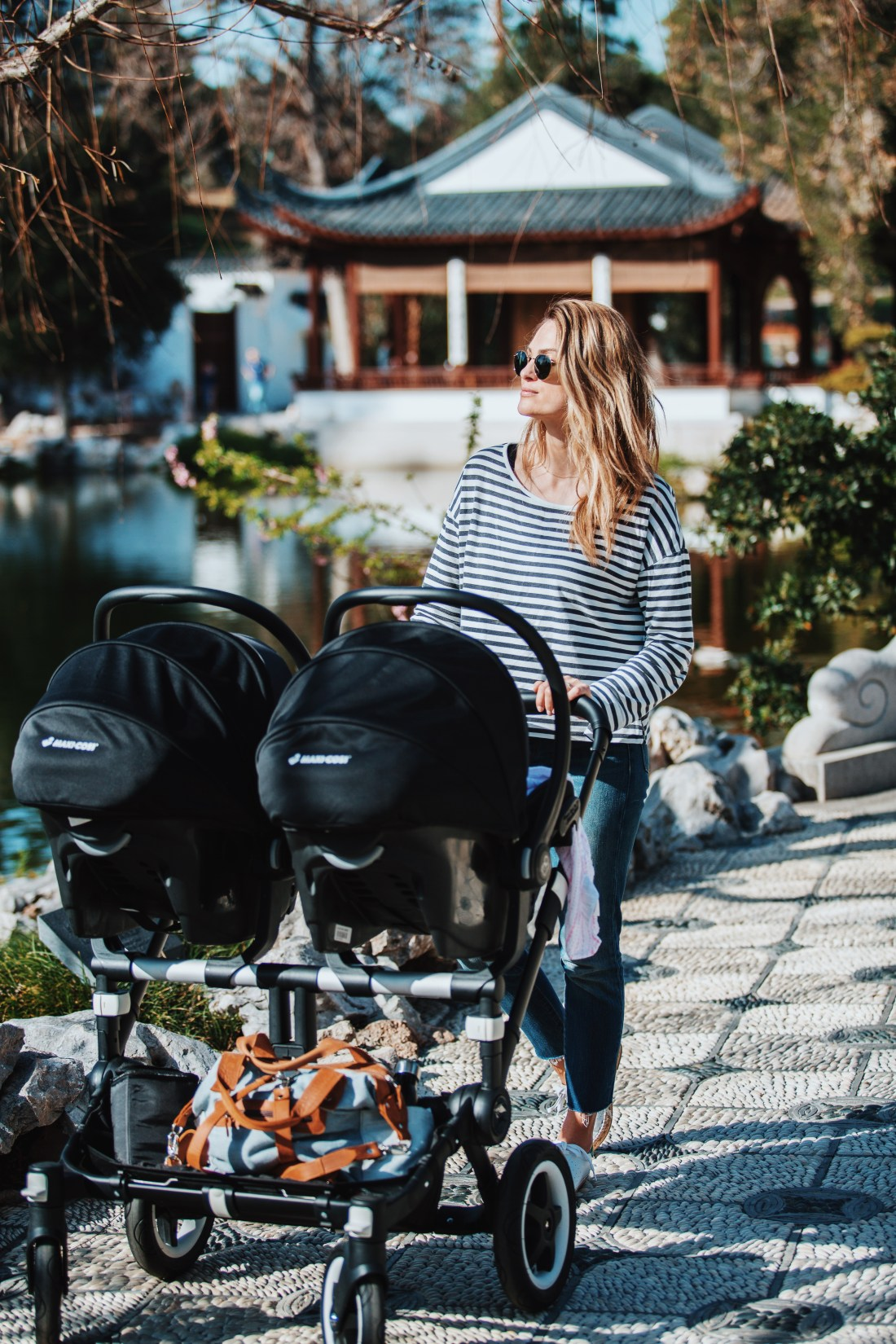 Twin Stroller and Car seats | Maxi Cosi Mico Max 30 | Bugaboo Donkey2