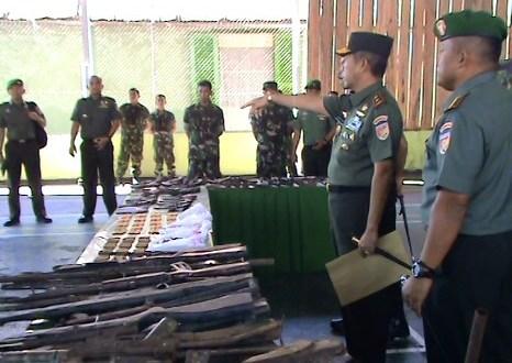 TNI Temukan Senjata Organik dan Rakitan di Poso