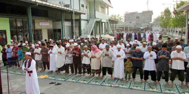 Ratusan Jamaah di Palu Gelar Shalat Istisqo