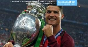 Euro 2016 juara Cristiano Ronaldo Portugal Real Madrid Ballon d'Or