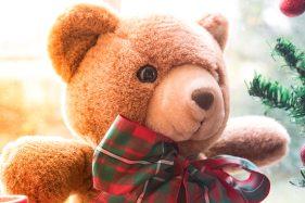 children-toys-christmas-decorations-close-up-836040
