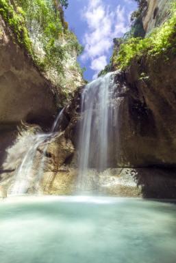 beautiful-cascade-environment-355518